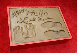 Lionel Richie Handprints and Footprints at the Lionel Richie Hand and Footprints Ceremony at the TCL Chinese Theatre on March 7, 2018 in Hollywood, Ca. © Janet Gough / AFF-USA.COM. 07 Mar 2018 Pictured: Lionel Richie Handprints and Footprints. Photo credit: MEGA TheMegaAgency.com +1 888 505 6342