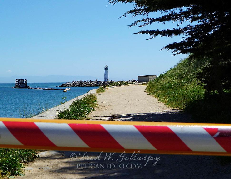 Santa Cruz Harbor ~ Walton Lighthouse ~ 0306