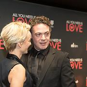 NLD/Amsterdam/20181126 - premiere All You Need Is Love, Fedja van Huet en partner Karina Smulders