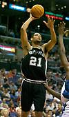 NBA-San Antonio Spurs at LA Clippers-Apr 11, 2004