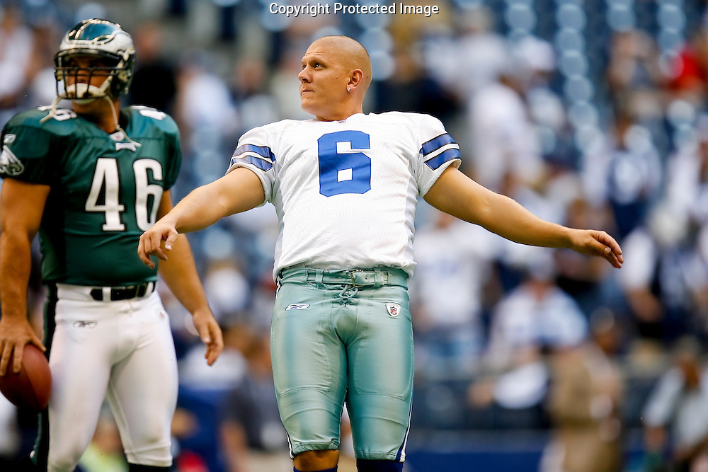 15 Sept 2008: Dallas Cowboys PK Nick Folk #6 warms up before during the game against the Philadelphia Eagles on September 15th, 2008. The Cowboys beat the Eagles 41-37 at Texas Stadium in Irving, Texas.