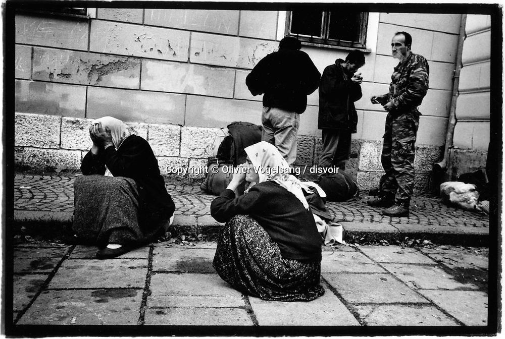 Bosnie. Travnik. Des dizaines de milliers de musulmans fuient la ville de Jajce tombée aux mains des Serbes. La famille de Mme Hasiba fait partie de ces réfugiés.