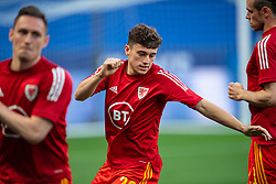 NICE, FRANCE - Wednesday, June 2, 2021: Wales' Daniel James during the pre-match warm-up before an international friendly match between France and Wales at the Stade Allianz Riviera ahead of the UEFA Euro 2020 tournament. (Pic by Simone Arveda/Propaganda)
