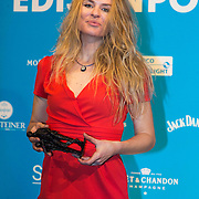 NLD/Amsterdam//20140331 - Uitreiking Edison Pop 2014, Sandra van Nieuwland  met haar Award