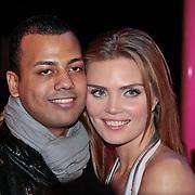 NLD/Hilversum/20110211 - 3de Liveshow SBS Sterren Dansen op het IJs 2011, kim Feenstra en partner dj Mike Mendoza