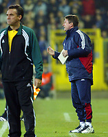 Fotball<br /> UEFA Champions League 2003/2004<br /> 04.11.2003<br /> Club Brügge / Brugge v AC Milan<br /> Trond Sollied - trener Brugge<br /> Foto: Morten Olsen, Digitalsport
