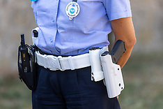 20210730 POLIZIA MUNICIPALE PISTOLA FERRARA