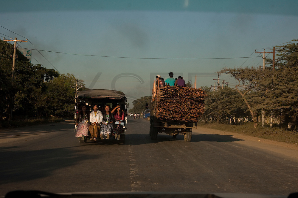 Transportation in Shan State, Myanmar.<br /> Note: These images are not distributed or sold in Portugal