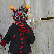 The celebration of the Chocalheiro, an event that takes place in the first day of the year at Bemposta, a village in the Norteastner corner of Portugal, and that traces it's origins to the pre-christian fertility festivals of winter solstice. In it a demon character will go to each house of the village to gather offerings.