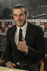 Madrid- Gareth Bale extends contract with Real Madrid