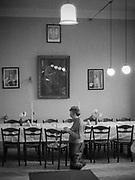 Kraków, wrzesień 1985. Przygotowania bar micwy Erica Storma z USA. Siedziba Gminy Wyznaniowej Żydowskiej przy ulicy Skawińskiej.