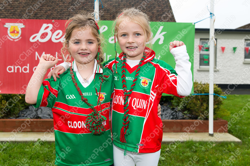 Leah Titley Walsh and Anna Brooks from Scoil Na Mainistreach Quin Dangan