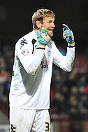 Jussi Jaaskelainen of Wigan Athletic remonstrates with his team members  during the Sky Bet League 1 match between Scunthorpe United and Wigan Athletic at Glanford Park, Scunthorpe, England on 2 January 2016. Photo by Ian Lyall.