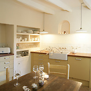 Country Kitchens vertical