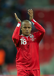 06.09.2011, Wembley Stadium, London, GBR, UEFA EURO 2012, Qualifikation, England vs Wales, im Bild Wales' Robert Earnshaw in tears at the end of the 1-0 defeat against England during the UEFA Euro 2012 Qualifying Group G match at Wembley Stadium on 6/9/2011. EXPA Pictures © 2011, PhotoCredit: EXPA/ Propaganda Photo/ David Rawcliff +++++ ATTENTION - OUT OF ENGLAND/GBR+++++