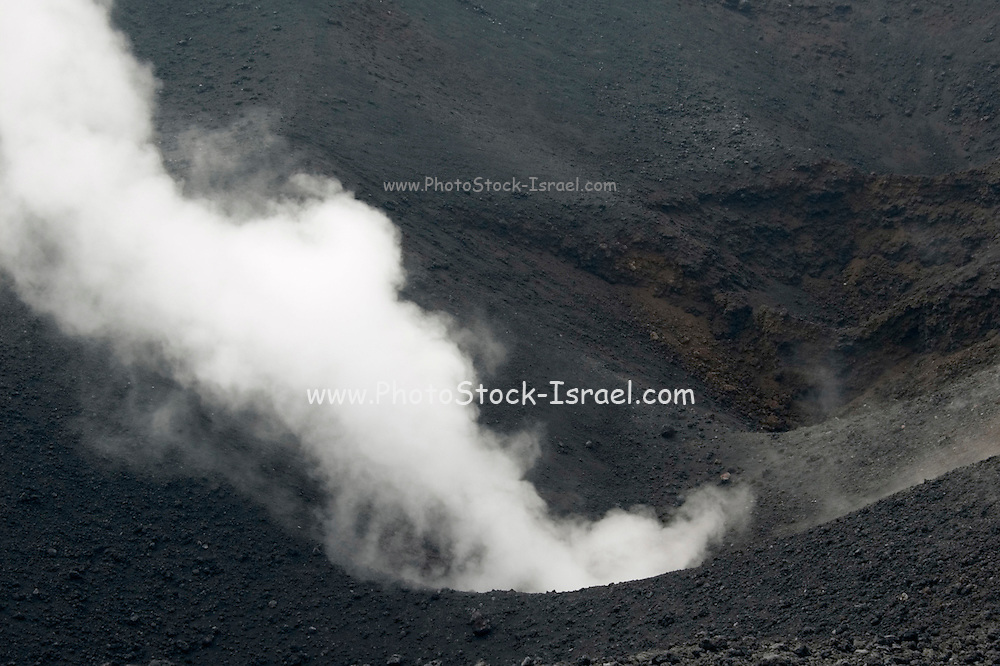 Smoke and steam emitted from Torre di Filosofo at 2920 meters, erupted 2003, on the Southern slopes of Mount Etna, The highest and most active volcano in Europe, Nicolosi, Sicily, Italy July 2006
