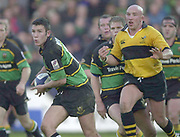 Northampton, Northamptonshire, UK, 08.12.2001,  Northampton Saints vs  London Wasps, Zurich Premiership Rugby, Franklyn Gardens, [Mandatory Credit: Peter Spurrier/Intersport Images]<br /> 8-12-2001