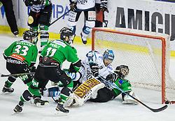 25.01.2015, Hala Tivoli, Ljubljana, SLO, EBEL, HDD Telemach Olimpija Ljubljana vs EHC Liwest Linz, 43. Runde, in picture Andrew Jacob Kozek (EHC Liwest Linz, #19) and Tomaz Trelc (HDD Telemach Olimpija, #95 during the Erste Bank Icehockey League 43. Round between HDD Telemach Olimpija Ljubljana and EHC Liwest Linz at the Hala Tivoli, Ljubljana, Slovenia on 2015/01/25. Photo by Vid Ponikvar / Sportida