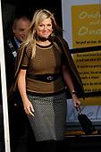 Koningin Maxima bezoekt jubileumbijeenkomst van het Autismecafé