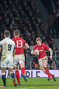 Twickenham, Surrey. UK.  Rhys PATCHELL, looking for a gap, during the Six Nations Rugby Match, England vs Wales RFU Stadium, Twickenham. Surrey, England. on Saturday 10.02.18<br /> <br /> <br /> [Mandatory Credit Peter SPURRIER/Intersport Images]