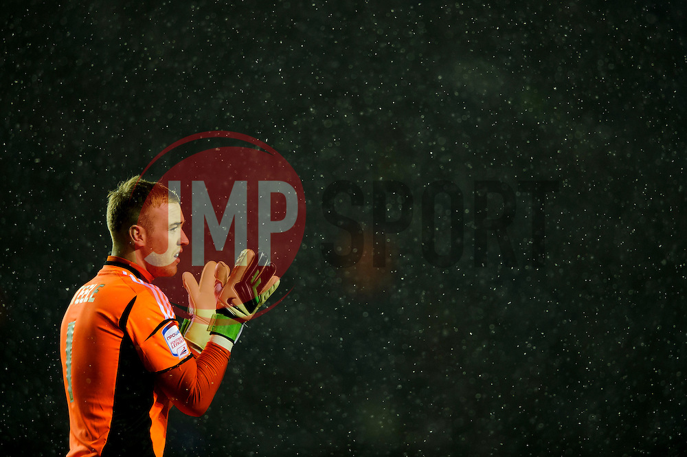 Middlesbrough Goalkeeper Jason Steele (ENG) claps as snow falls during the first half of the match - Photo mandatory by-line: Rogan Thomson/JMP - Tel: Mobile: 07966 386802 18/01/2013 - SPORT - FOOTBALL - King Power Stadium - Leicester. Leicester City v Middlesbrough - npower Championship.