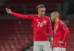 Yussuf Poulsen og Martin Braithwaite (Danmark) under kampen i Nations League mellem Danmark og Island den 15. november 2020 i Parken, København (Foto: Claus Birch).