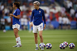 June 28, 2019 - Paris, France - Megan Rapinoe (Reign FC) of United States during the warm-up before the 2019 FIFA Women's World Cup France Quarter Final match between France and USA at Parc des Princes on June 28, 2019 in Paris, France. (Credit Image: © Jose Breton/NurPhoto via ZUMA Press)