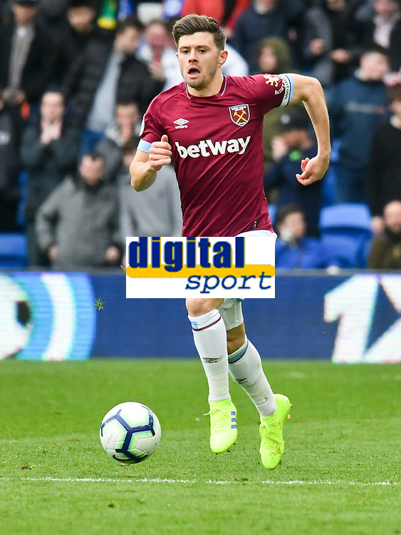 Football - 2018 / 2019 Premier League - Cardiff City vs. West Ham United<br /> <br /> Aaron Cresswell of West Ham Utd on the attack, at Cardiff City Stadium.<br /> <br /> COLORSPORT/WINSTON BYNORTH