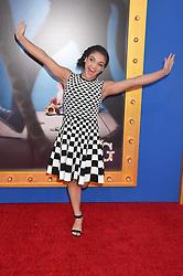 Laurie Hernandez bei der Premiere von Sing in Los Angeles / 031216