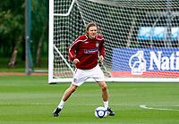 England Training at The London Colney. 2nd Sept 2008. <br /> Credit  Kieran Galvin<br /> Jimmy Bullard. ( England and Fulham  ). England Training at The London Colney. 2nd Sept 2008. <br /> Credit  Kieran Galvin