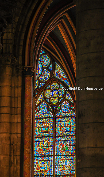 Notre Dame, Notre Dame de Paris, Paris, Stained Glass, barrel vault, ribbed vault