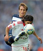 Fotball , 6. august 2011<br /> Bundesliga<br /> v.l. Andreas Ottl (Hertha), Almog Cohen<br /> Bundesliga, Hertha BSC Berlin - 1. FC Nürnberg 0:1<br /> <br /> Norway only