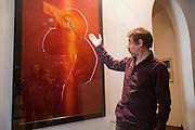 REOUVERTURE DE LA COLLECTION LAMBERT(2011).jean marc ferrari-directeur des beaux arts d avignon.reouverture de la collection lambert  suite a la destruction de 2 oeuvre de l'artiste andres serrano dimanche 17 avril.