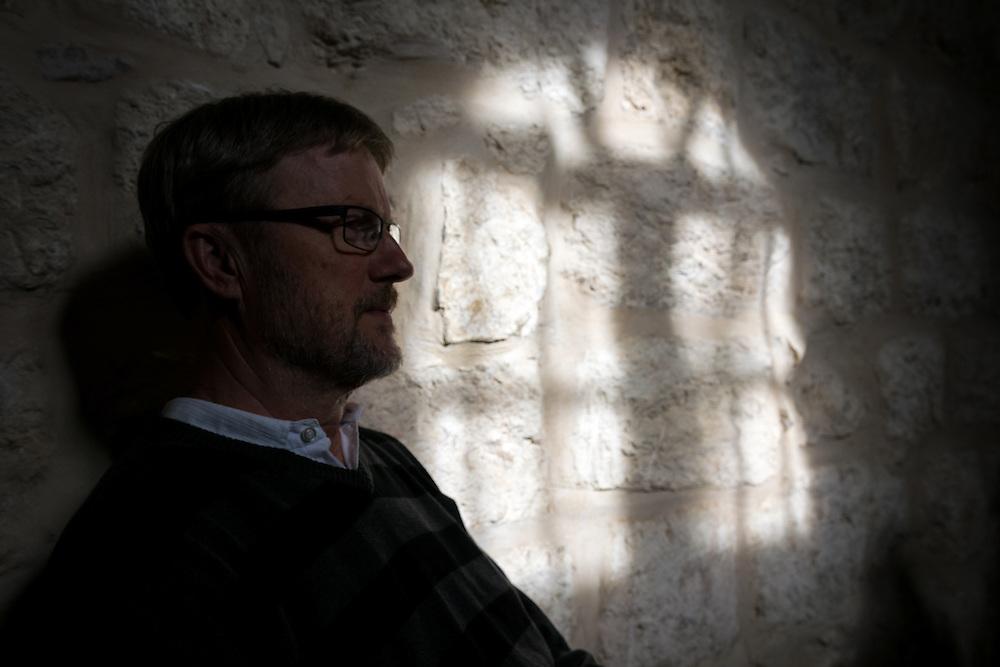 4 May 2016, Jerusalem, Israel: Lennart Renöfält rests in the shade.