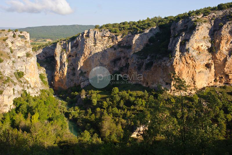 Ventano del Diablo y Cañón del rio Júcar. Parque Natural de la Serranía de Cuenca. Cuenca.