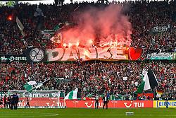 14.05.2011, AWD Arena, Hannover, GER, 1.FBL, Hannover 96 vs 1.FC Nuernberg, im Bild die Fans von Hannover 96 sagen Danke .EXPA Pictures © 2011, PhotoCredit: EXPA/ nph/  Schrader       ****** out of GER / SWE / CRO  / BEL ******