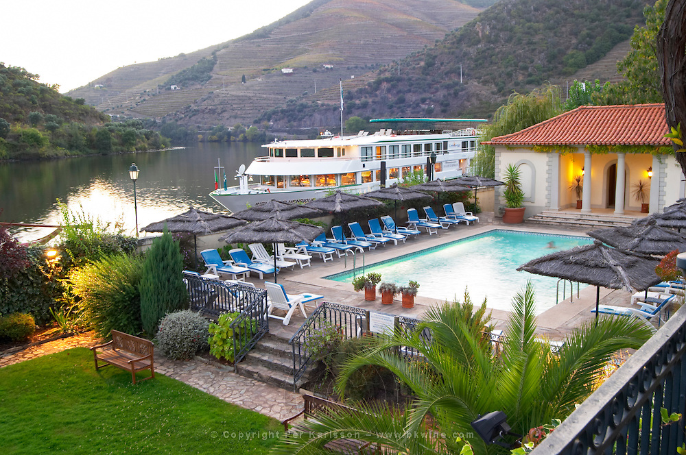 passenger ferry boat vintage house hotel pinhao douro portugal