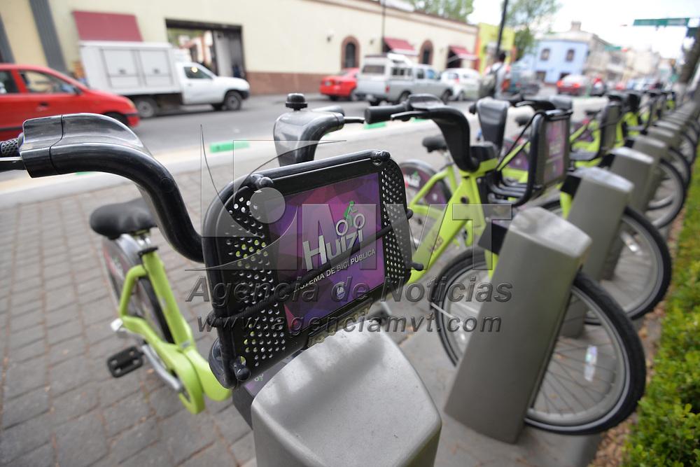TOLUCA, México.- (Febrero 01, 2018).- Ante el adeudo a la empresa encargada del darle mantenimiento al Sistema de Bicicleta Publica Huizi estas se encuentran en el olvido,  varios usuarios se han quejado de no poder utilizarlas a través de las redes sociales. Agencia MVT / Crisanta Espinosa.