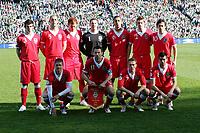 Fotball<br /> Lagbilde<br /> Foto: imago/Digitalsport<br /> NORWAY ONLY<br /> <br /> 24.03.2007 <br /> Lagbilde Wales<br /> <br /> Mannschaftsbild Wales hi.v.li.: Gareth Bale, Steve Evans, James Collins, Torwart Danny Coyne, Lewin Nyatanga, Sam Ricketts, Simon Davies; vorn: Carl Robinson, Ryan Giggs, Craig Bellamy, Joseph Ledley
