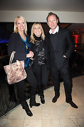 Left to right, ANNEKA RICE, FIONA PHILLIPS and GARY KEMP at the Costa Book Awards 2009 held at Quaglino's, 16 Bury Street, London SW1 on 26th January 2010.