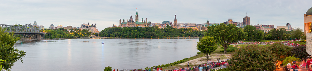 https://Duncan.co/ottawa-skyline-panorama/