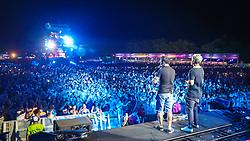 Capital inicial no palco principal durante a 24ª edição do Planeta Atlântida. O maior festival de música do Sul do Brasil ocorre nos dias 01 e 02 de fevereiro, na SABA, na praia de Atlântida, no Litoral Norte gaúcho. Foto: Marcos Nagelstein / Agência Preview