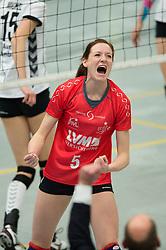 22-12-2012 VOLLEYBAL: USC MUENSTER - VT AURUBIS HAMBURG: MUENSTER<br /> Jubel Lonneke Sloetjes (#5 USC Muenster)<br /> ***NETHERLANDS ONLY***<br /> ©2012-FotoHoogendoorn.nl