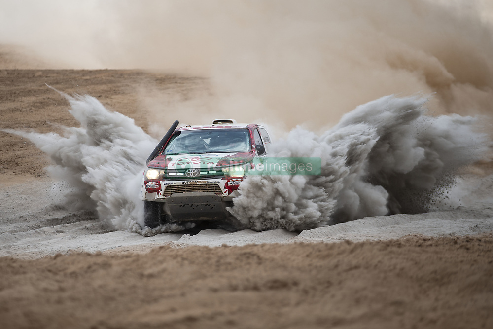 January 10, 2019 - Arequipa Province, Peru - Peruvian driver Luis Alayza and co-driver Ive Bromberg compete during the 4th stage of the 2019 Dakar Rally Race, near La Joya, Arequipa province, Peru. (Credit Image: © Xinhua via ZUMA Wire)