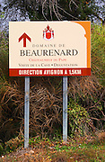 Aign to Domaine de Beaurenard.  Chateauneuf-du-Pape Châteauneuf, Vaucluse, Provence, France, Europe