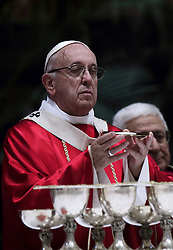 November 3,  2018  - Vatican City (Holy See)  POPE FRANCIS prays as he celebrates holy mass for the repose of the soul of the cardinals and bishops who died over the course of the year in St. Peter's Basilica at the Vatican. (Credit Image: © Evandro Inetti/ZUMA Wire)