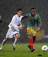 Fotball<br /> 20.11.2007<br /> Algerie v Mali<br /> Foto: Dppi/Digitalsport<br /> NORWAY ONLY<br /> <br /> FOOTBALL - FRIENDLY GAMES 2007/2008 - ALGERIA v MALI - 20/11/2007 - SEYDOU KEITA  (MALI) / RAFIK SAIFI (ALG)