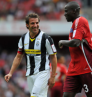 Photo: Tony Oudot/Richard Lane Photography.  Juventus v SV Hamburg. Emirates Cup. 03/08/2008. <br /> Alessandro Del Piero of Juventus shares a joke with Timothee Atouba of Hamburg