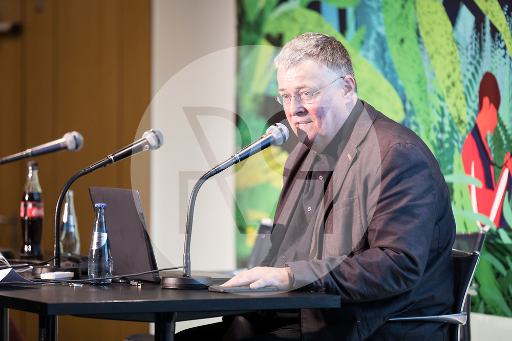 DEUTSCHLAND - HAMBURG - Henk van Ess, Bellingcat, spricht an der netzwerk recherche e.V. Jahreskonferenz 2019 - 14. Juni 2019 © Raphael Hünerfauth - http://huenerfauth.ch