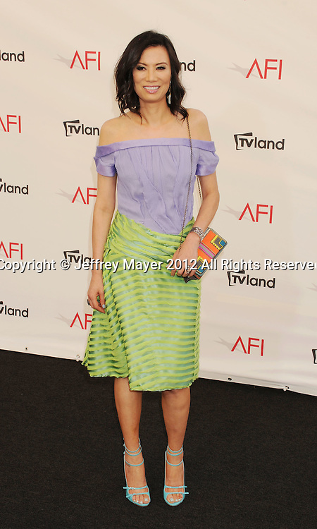 LOS ANGELES, CA - JUNE 07: Wendi Deng Murdoch arrives at the 40th AFI Life Achievement Award honoring Shirley MacLaine at Sony Pictures Studios on June 7, 2012 in Los Angeles, California.
